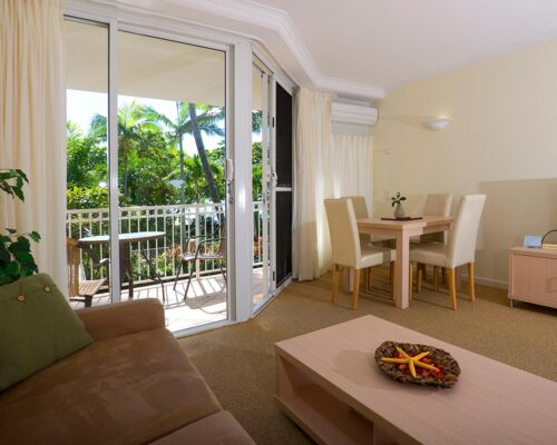 trinity-beach-holiday-accommodation-1bedroom7