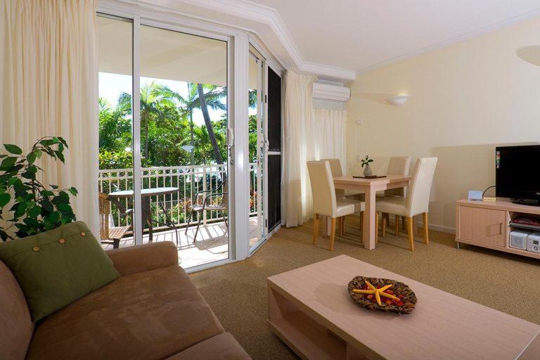 trinity-beach-holiday-accommodation-1bedroom7