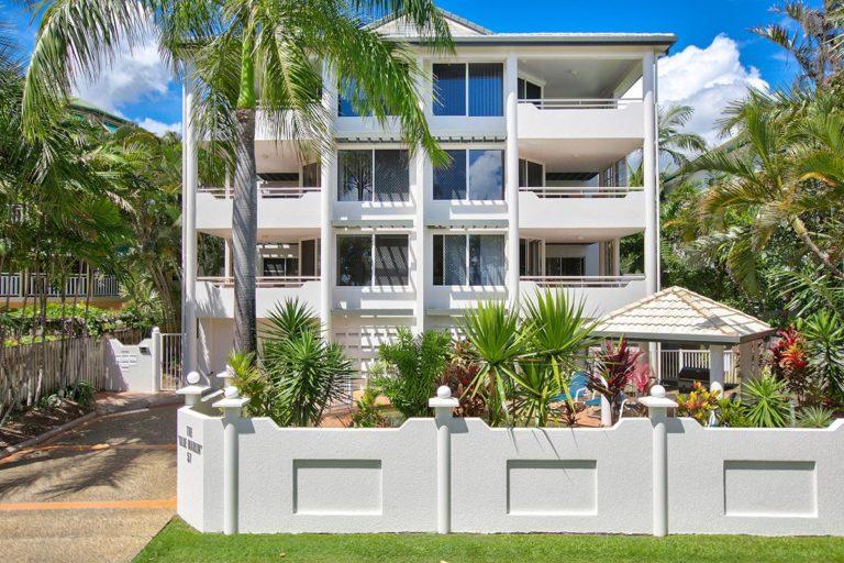 trinity-beach-holiday-accommodation-2-3bedroom5