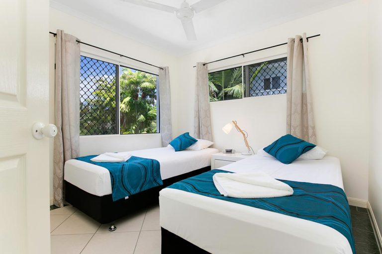 trinity-beach-holiday-accommodation-2b-beachfront17