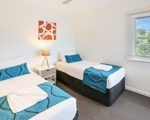 trinity-beach-holiday-accommodation-2b-gardenview5