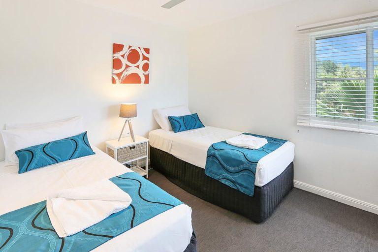 trinity-beach-holiday-accommodation-2b-gardenview5