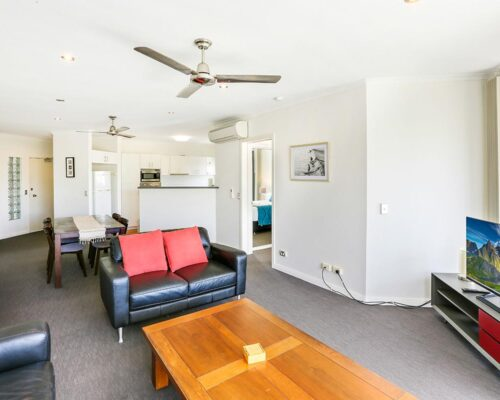 trinity-beach-holiday-accommodation-2b-gardenview6
